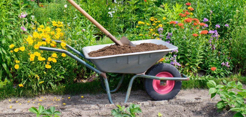 Best Affordable Wheelbarrows
