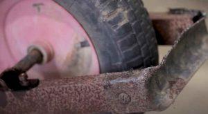 wheelbarrow rust